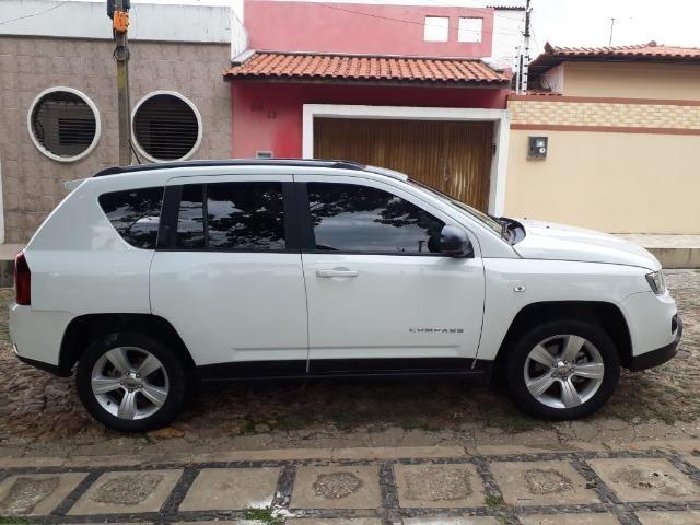 Jeep Compass Sport 2.0 + Banco de Couro/Central multimídia - Foto 2
