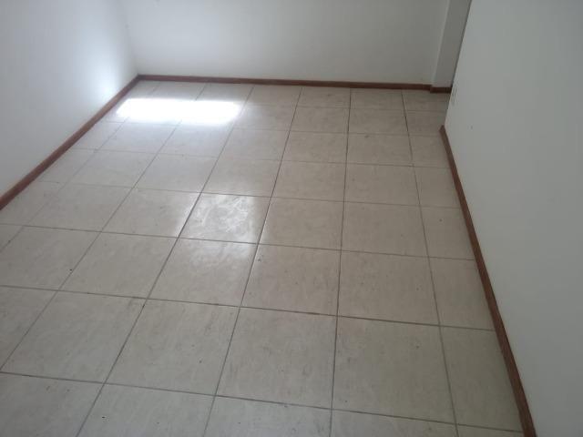 Apartamento 2 quartos Francisco Bernardino,estrela da manhã, sala, cozinha e banheiro - Foto 5