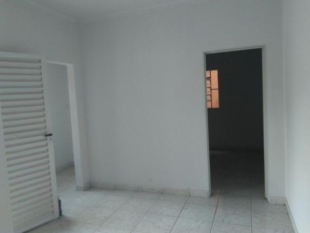Casa Cidade Jardim, Rua Almeida Garret, Vila Canaã, 2 casa no lote, 2 e 3 quartos - Foto 12