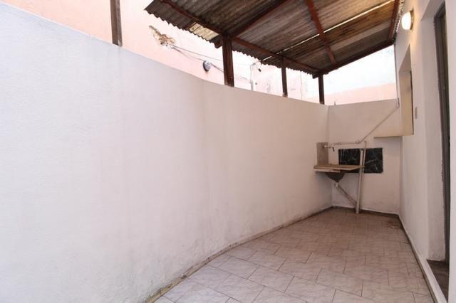 Casa Residencial para aluguel, 2 quartos, Centro - Divinópolis/MG - Foto 13
