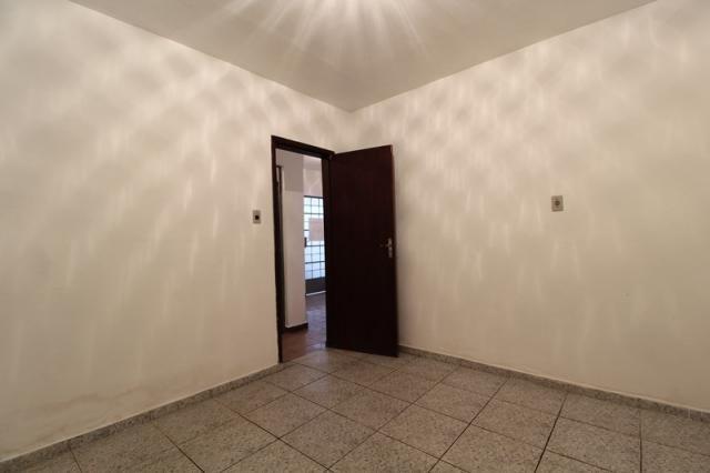 Casa Residencial para aluguel, 2 quartos, Centro - Divinópolis/MG - Foto 8