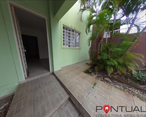 Casa com 3 dormitórios para alugar em Condomínio Fechado por R$ 1.700,00/mês , Marília/SP - Foto 4