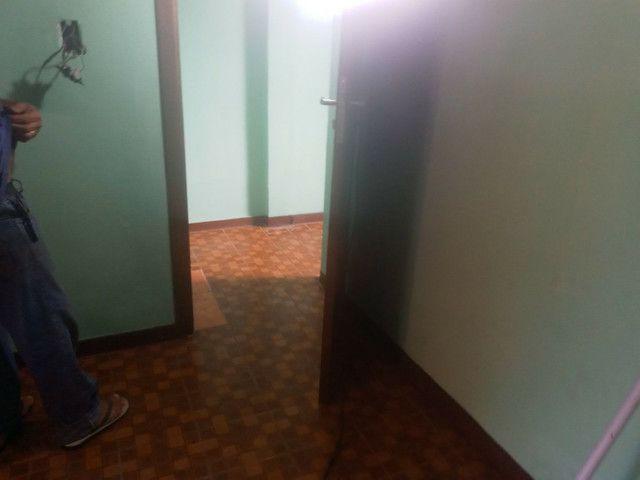 Apto 3 peças-quarto, cozinha banheiro