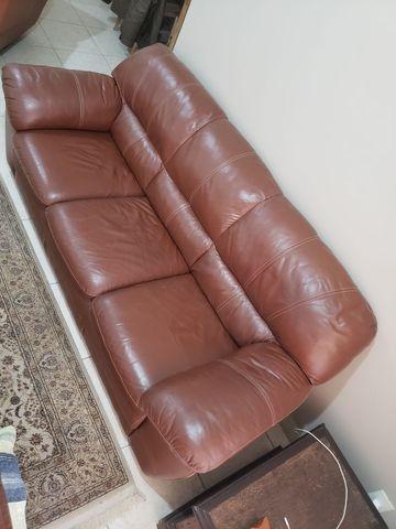 Sofa 100% couro legitimo 3 lugares - Foto 2