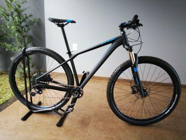Mountain bike Cube