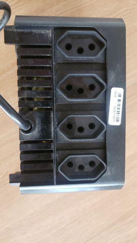 Estabilizador 110V 300vVA com 4 Tomadas - Foto 2