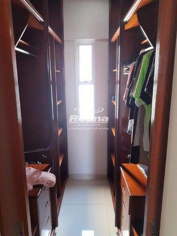 Apartamento para aluguel, 3 quartos, 1 suíte, 2 vagas, Umuarama - Uberlândia/MG - Foto 7