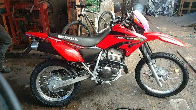 Vendo moto Honda Tornado - Foto 3