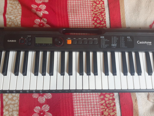 Teclado casio ct 200