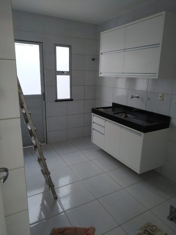 Casa 3/4 com Armários na Cozinha no Sim em Condomínio fechado