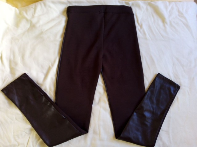 3 calças 12 anos usadas p/ menina (legging , jeans e malha) - Foto 3