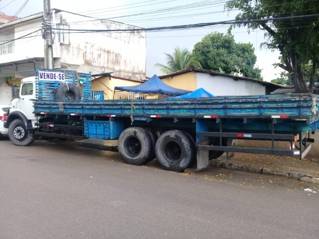 caminhão  mb 1519 carrocerria - Foto 4
