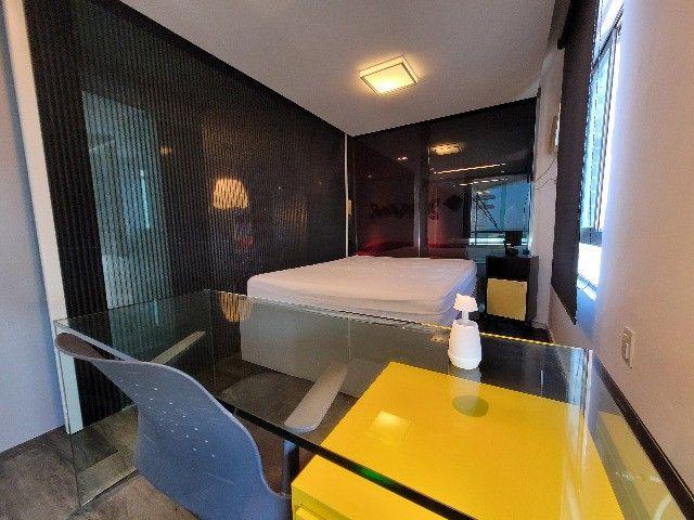 BFN - Luxuoso flat finamente decorado em Boa Viagem com 51m² e piscina na cobertura!  - Foto 7