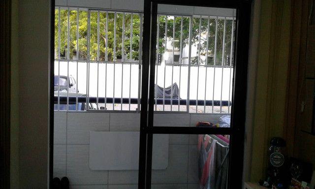 Cond fechado na 1etapa Rio Doce,portaria,na Av,Res Porto Seguro,perto da praia,play - Foto 4