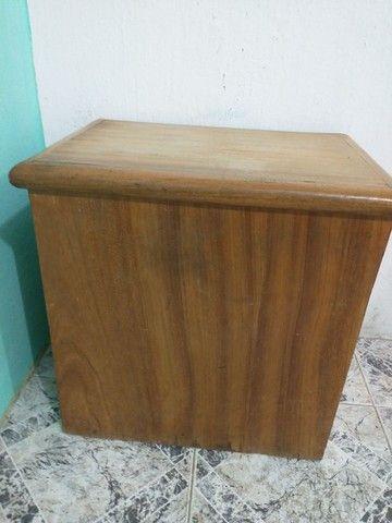 Cofre em aço grátis móvel madeira pra esconder ele