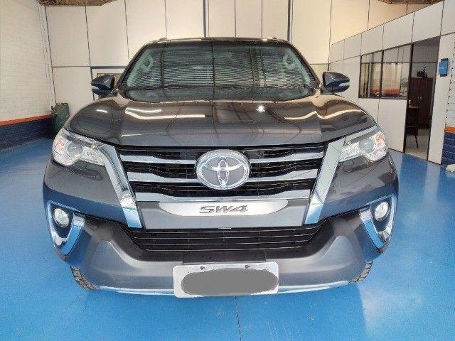 Toyota Hilux SW4 SR 2.7 Flex AUT 2017 - Foto 2