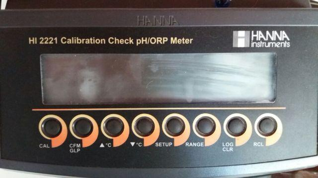 HI 2221-02 - Medidor de pH/ORP/Temperatura com Calibration Check™