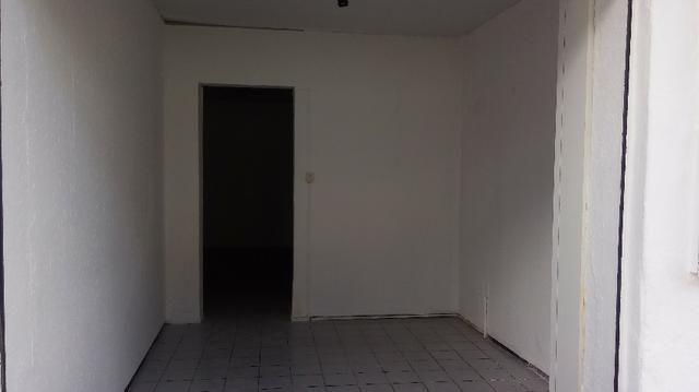 Ponto comercial com 1 loja e 2 salas a 30m da Av Jõao Pessoa em Fortaleza - Foto 5