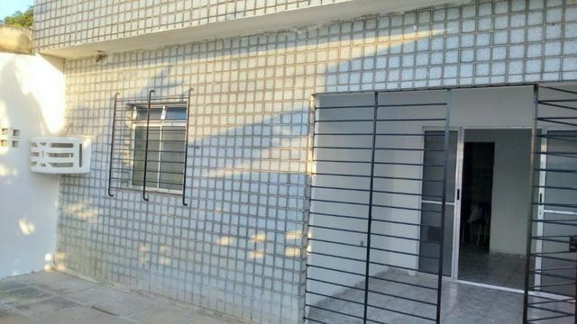 Casa em pau amarelo 2 quartos a 15 munitos do terminal de onibus - Foto 7