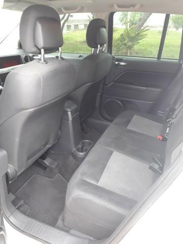 Jeep Compass Sport 2.0 + Banco de Couro/Central multimídia - Foto 9