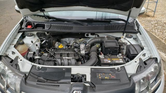 Renault Logan 2017 1.0 Completo Pneus novos Ipva pago - Foto 4