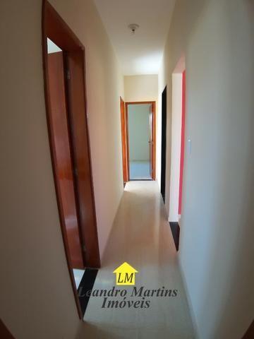 Ótima casa de 3 quartos com terreno de 480 mts em itaipuaçu !! Prox a rua 66 - Foto 12