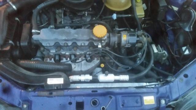 Corsa 95 com ar condicionado alarme trava do ok . *