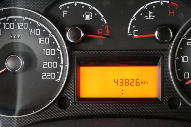 Fiat Doblo 1.8 Essemce 7 lugares - Foto 5