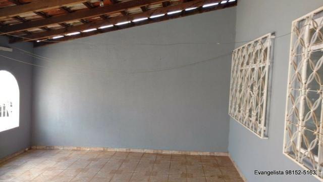 Urgente Casa de 3 Quartos Com Barraco de Fundo | Vagas para 3 carros | Escriturada - Foto 12
