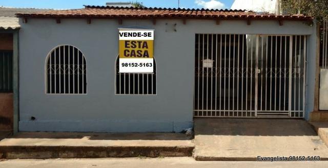 Urgente Casa de 3 Quartos Com Barraco de Fundo | Vagas para 3 carros | Escriturada