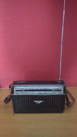 Rádio Sharp Transistor 8 Antigo - Foto 2