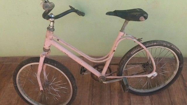Vendo quadro de bicicleta antigo chama no chat