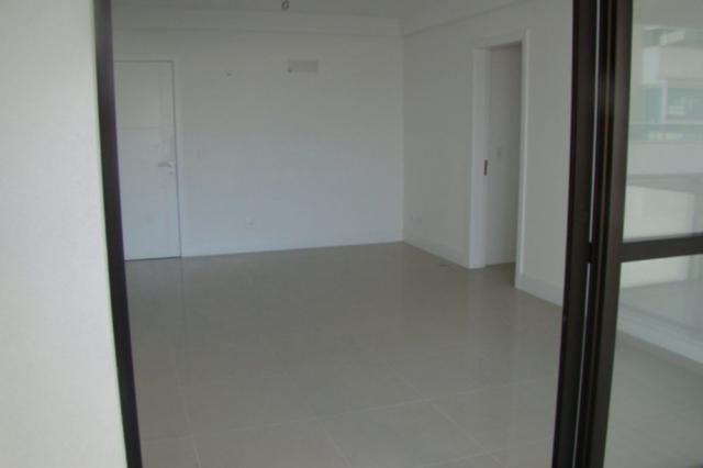 Apartamento à venda com 3 dormitórios em Balneário, Florianópolis cod:74006 - Foto 6