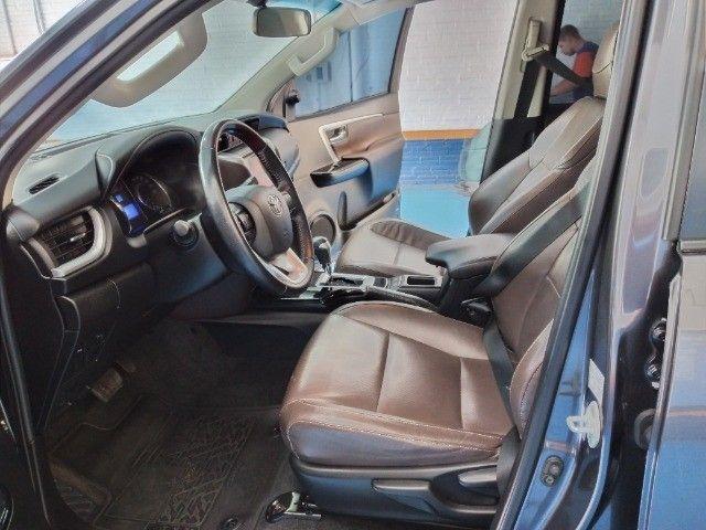 Toyota Hilux SW4 SR 2.7 Flex AUT 2017 - Foto 13