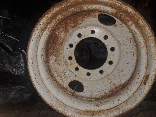 Roda de caminhão 10 furos - Foto 2