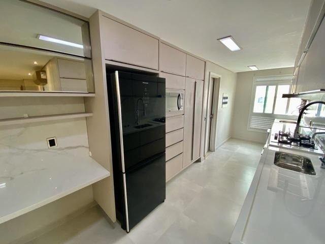 Apartamento no Adrianópolis Av.Terezina - 3 Suites Modulados e Climatizado - Foto 2