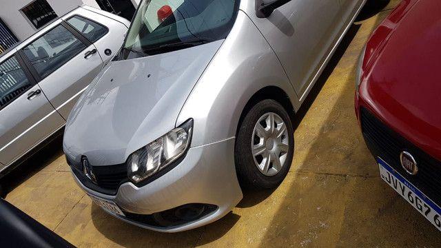 Renault Logan 1.0 2013/2014 - Foto 4