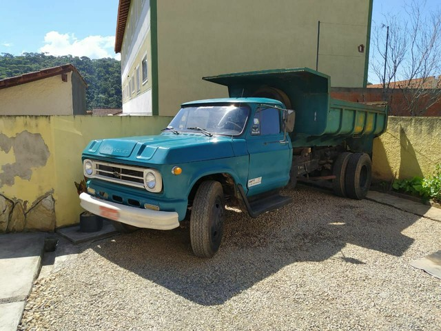 Caminhão Chevrolet c65 1967 motor 1113.