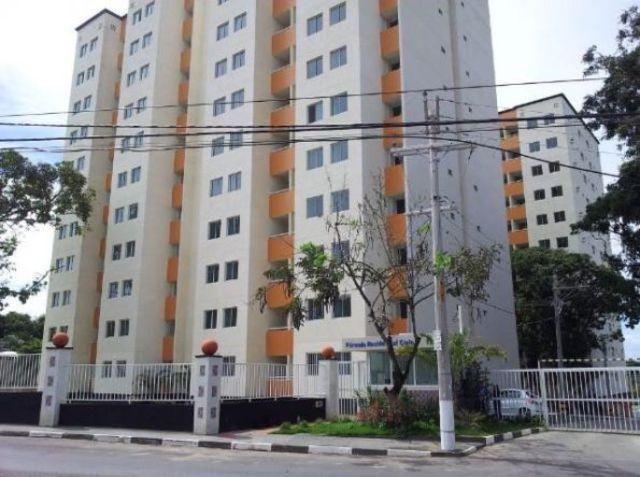 Apartamento - Cond Cielo - incluso cond