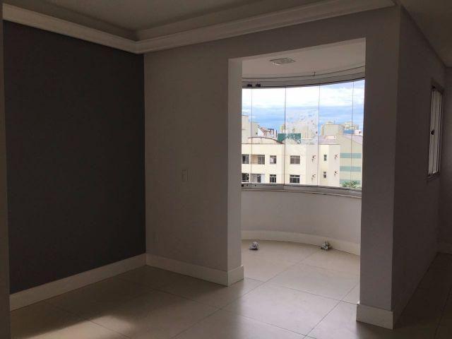 Apartamento 120m2 3 quartos suite 2 vagas segunda quadra do mar