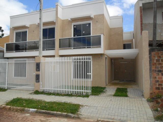 SOBRADO no bairro Ganchinho, 2 dorms, 1 vagas - s239