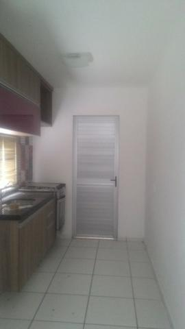 Casa Plana com Deck + Churraqueira + Chuveirão + Móveis projetados - 2 vagas - Pedras - Foto 6