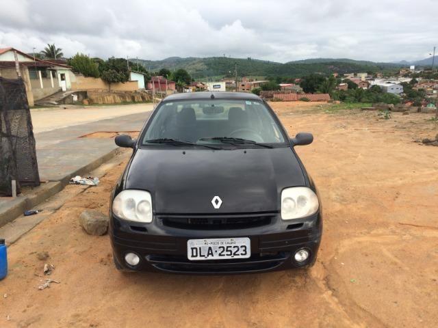 Clio Sedan 2002 - revisado - Foto 5