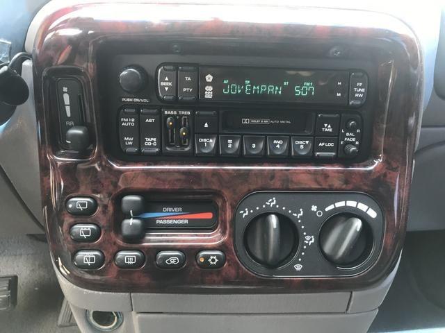 Chrysler Grand Caravan LX 4WD 3.8 V6 2000 180cv 4x4 - Foto 16
