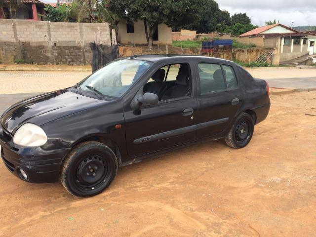 Clio Sedan 2002 - revisado