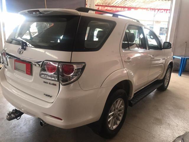 Toyota- Hillux SW4 srv- diesel 2013- 7 Lugares - Foto 7