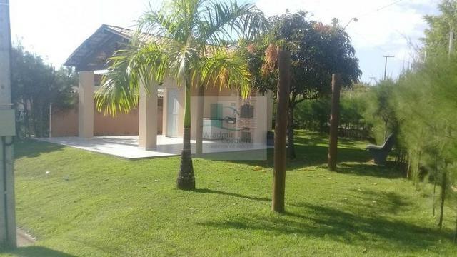 Casa Plana com Deck + Churraqueira + Chuveirão + Móveis projetados - 2 vagas - Pedras - Foto 17