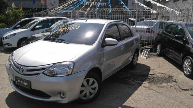 Toyota Etios Sedan XS 1.5 Manual 2014 GNV 5 Geração - Foto 3