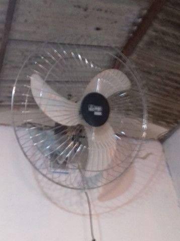 Vendo ventilador turfão de parede semi novo