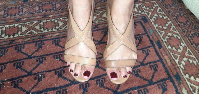 Sandália Schutz de couro